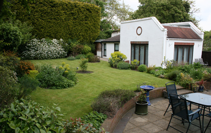 Garden maintenance in chingford london for The garden maintenance company